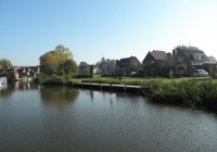 3. Winsum. Aanlegvoorziening nabij het dorp.